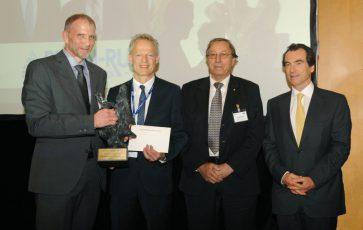 Von links nach rechts: W. Krömmer /GTS), M. Dreizehner (RHEIN-RUHR Beschichtungsservice GmbH), E. Lugscheider (GTS), CH. Wasserman (TLS)